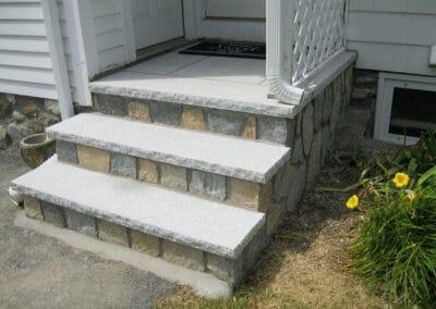 Stone Veneer Mosaic w Granite Treads